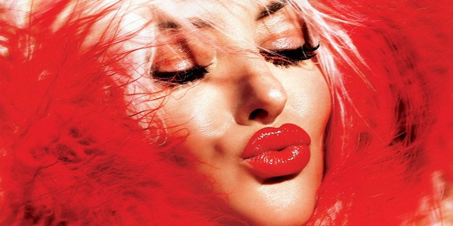 Delia – Arunca-ma (single nou si videoclip)